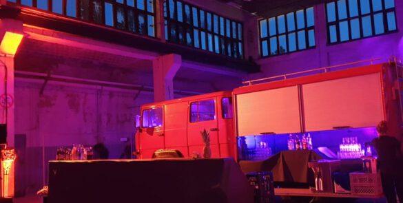 Blankoon Eventtechnik München bei einer Feier in einer Feuerwache