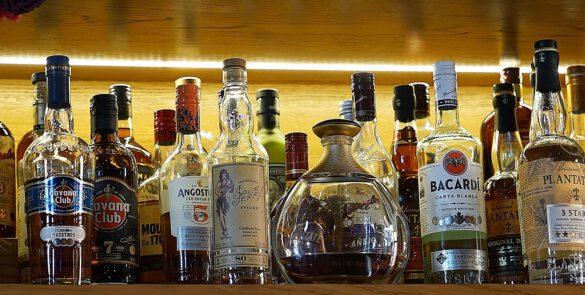 alcohol-2822599_1920